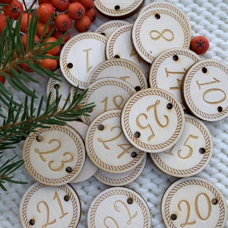 Étiquettes de nombre en bois